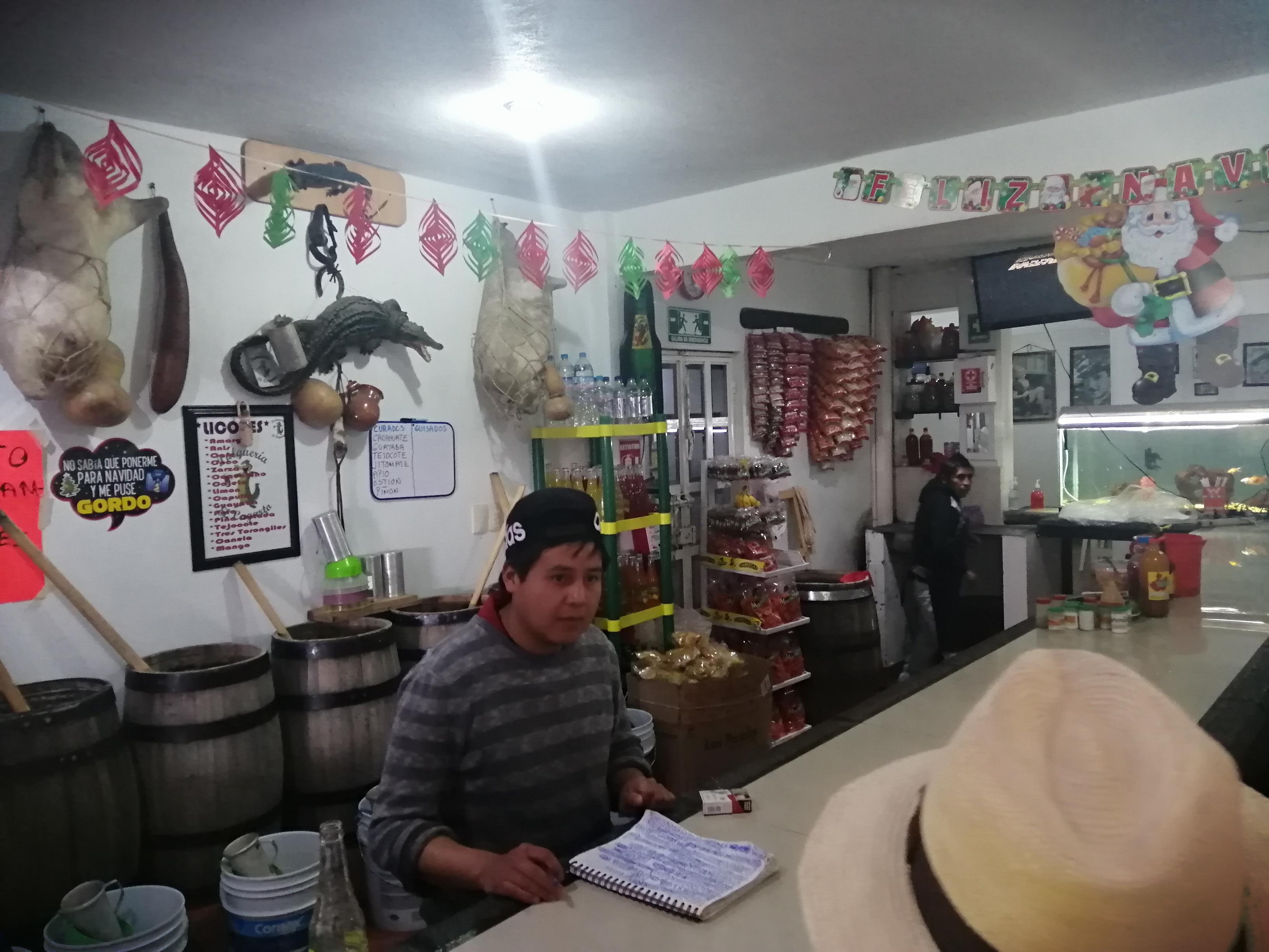 Pulqueria-el-lagarto-toluca-la-bella-cd