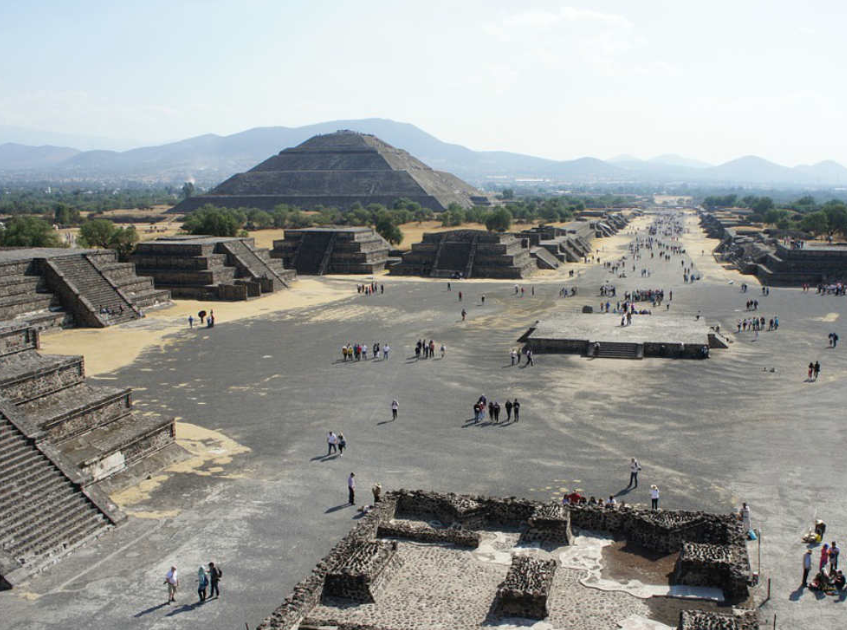 Caminante fest teotihuacán