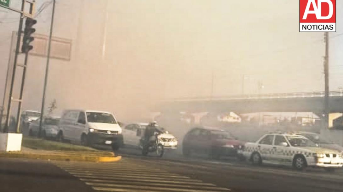 Incendio en Av. Las Torres y Venustiano Carranza Toluca