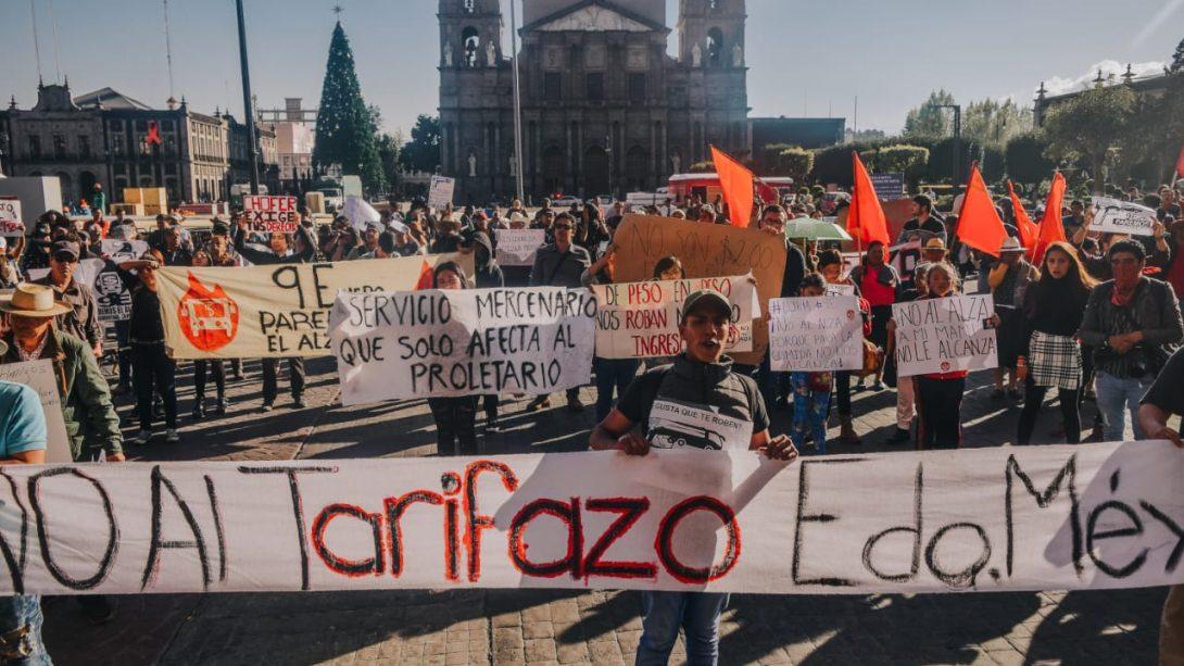 """Movimiento """"No al Tarifazo"""" consigue amparo contra el alza del pasaje"""