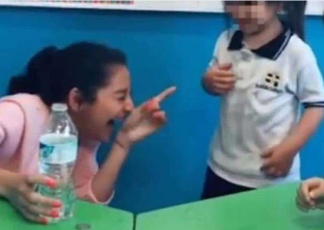 Despiden a maestra tras broma pesada a niña de kinder