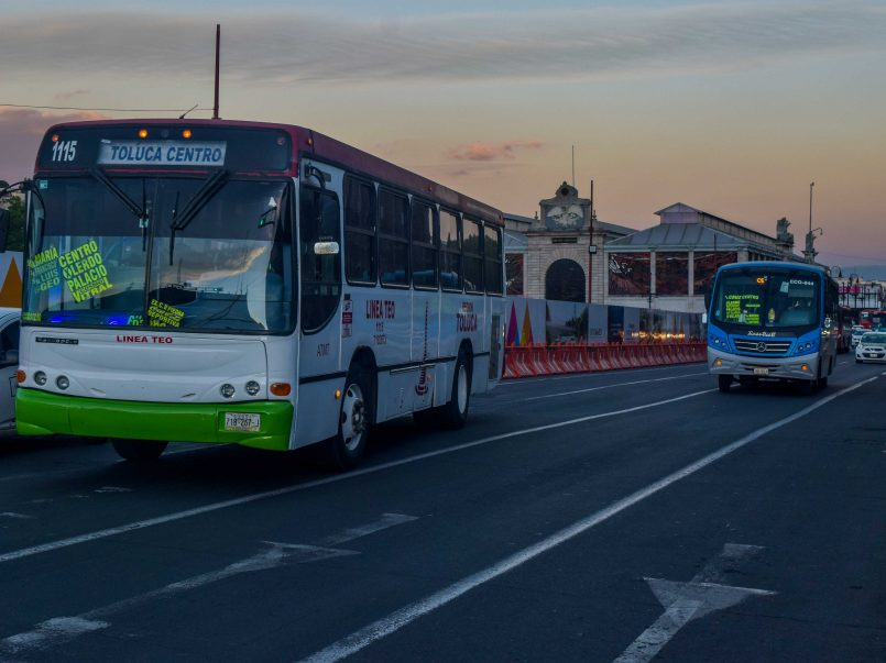 Trabajan gobiernos municipal y estatal para mejorar la movilidad de Toluca
