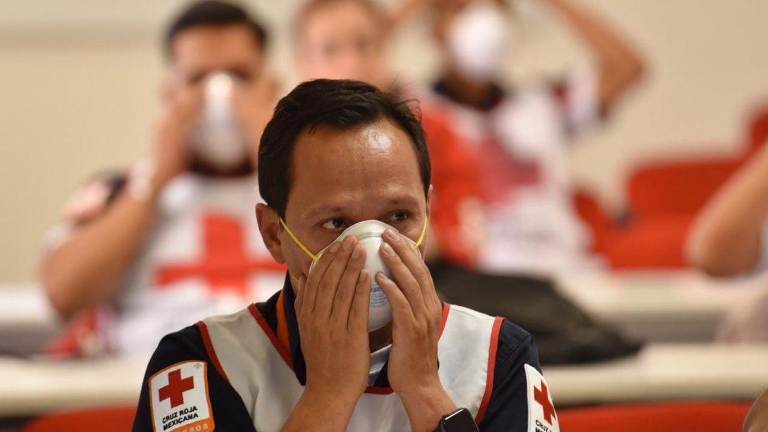 Cruz Roja Mexicana capacita personal ante COVID-19