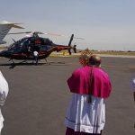 recorrido del Arzobispo de Toluca en helicóptero03