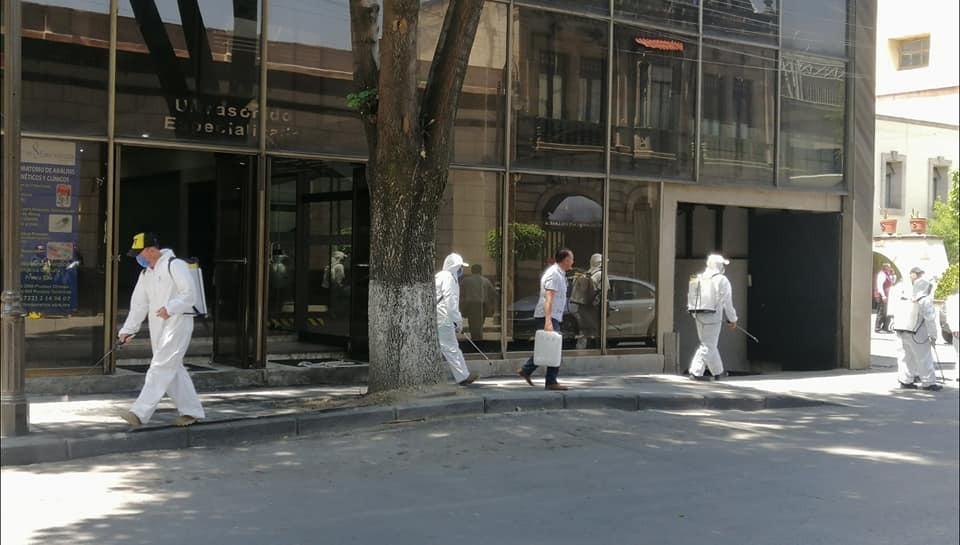 Sanitización calles de Toluca por Coronavirus