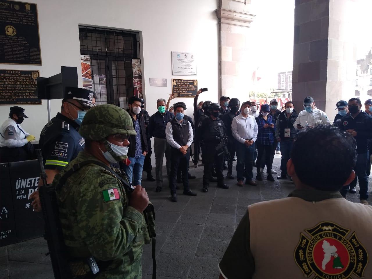 en el operativo participan de manera coordinada elementos de Seguridad Pública Municipal y la SEDENA