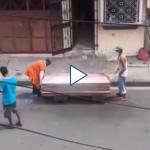 Sistema sanitario de Ecuador colapsa por Covid-19 y aparecen cadáveres en las calles
