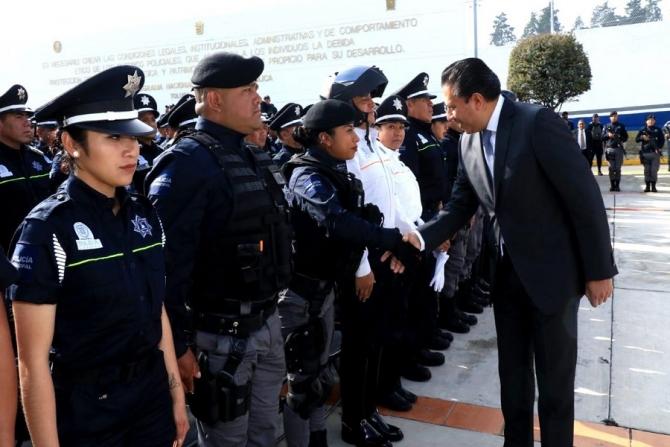 215 policías han sido asesinados en lo que va del año