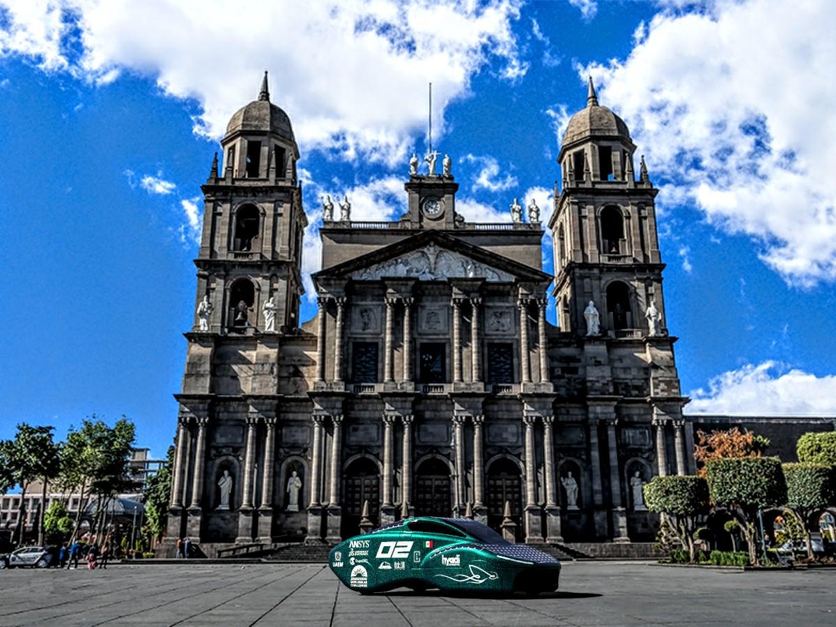 Crean automóvil de carreras de energía solaren Toluca