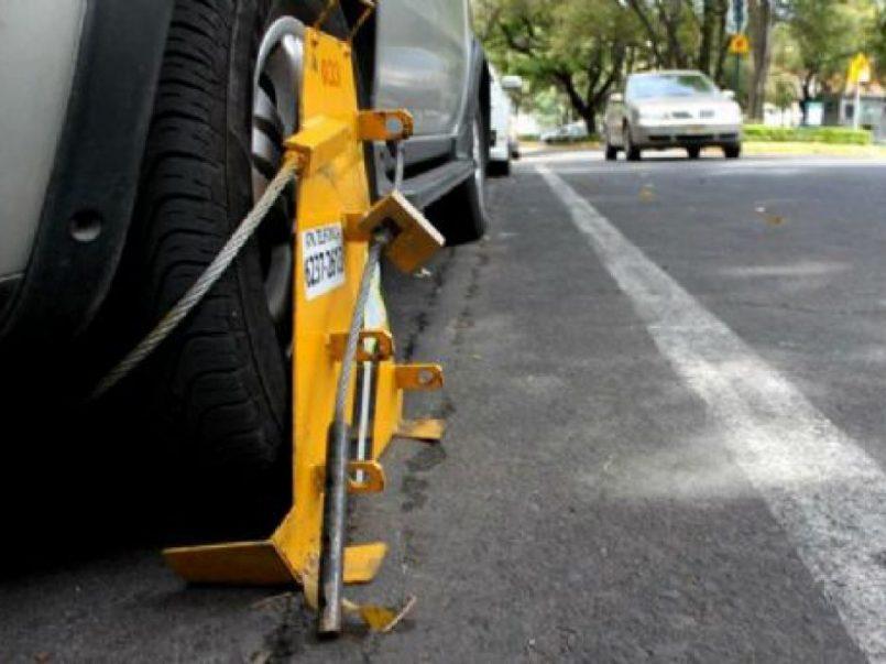 Metepec implementará inmovilización y multa a automóviles mal estacionados
