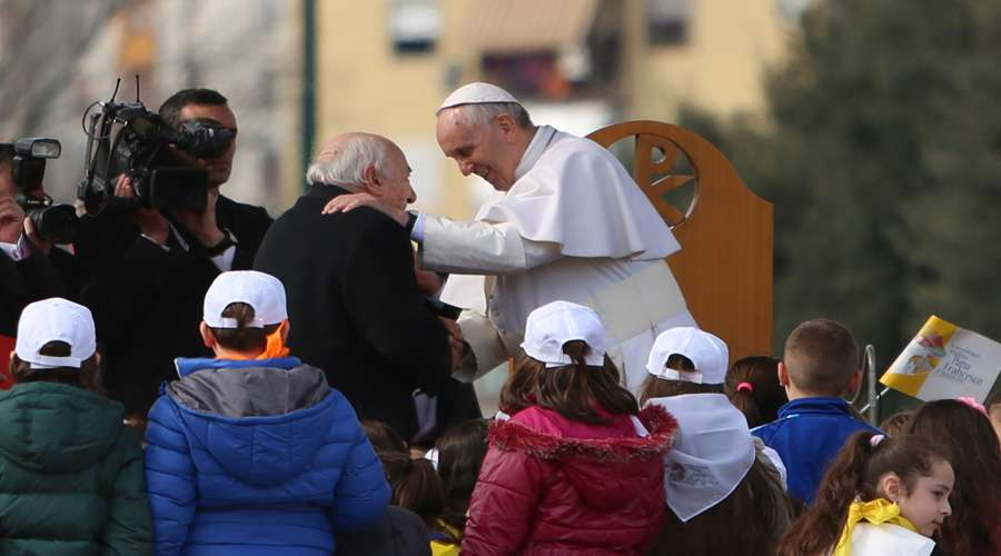 papa-francisco-envia-palabras-de-carino-por-el-dia-de-los-abuelos2