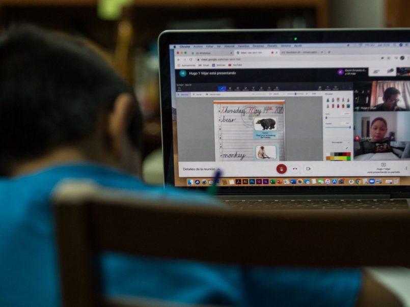 Descarga los canales y horarios de transmisión Preescolar; Primaria, Secundaria y Preparatoria Aprende en Casa ll