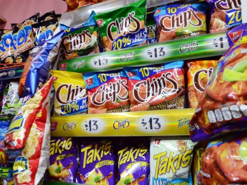 Multas-de-hasta-30-mil-pesos-por-exhibir-comida-chatarra