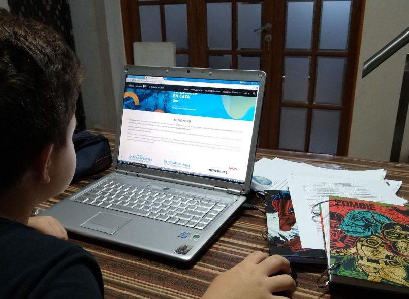 Sin-computadora-ni-Internet-en-el-regreso-a-clases