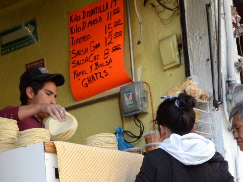 Tortilleria-ofrece-internet-gratuito-a-estudiantes