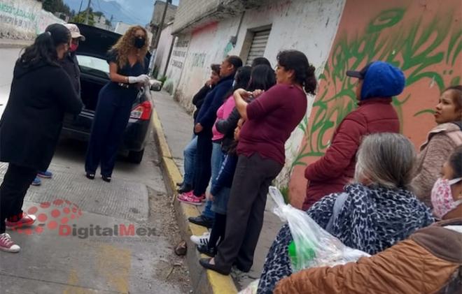 Roban automóvil a activistas que repartían alimentos a hospitales y semáforos en Zinacantepec
