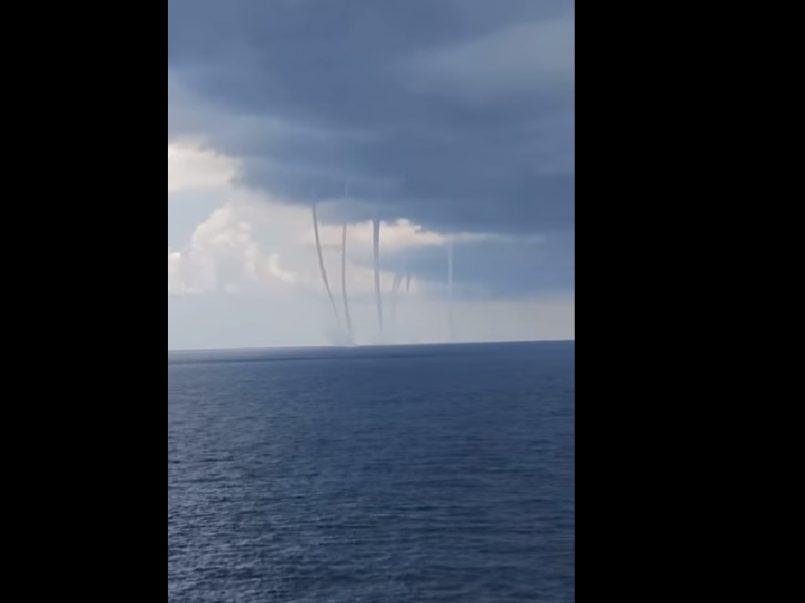 (Vídeo) Se forman extrañas trombas en el Golfo de México