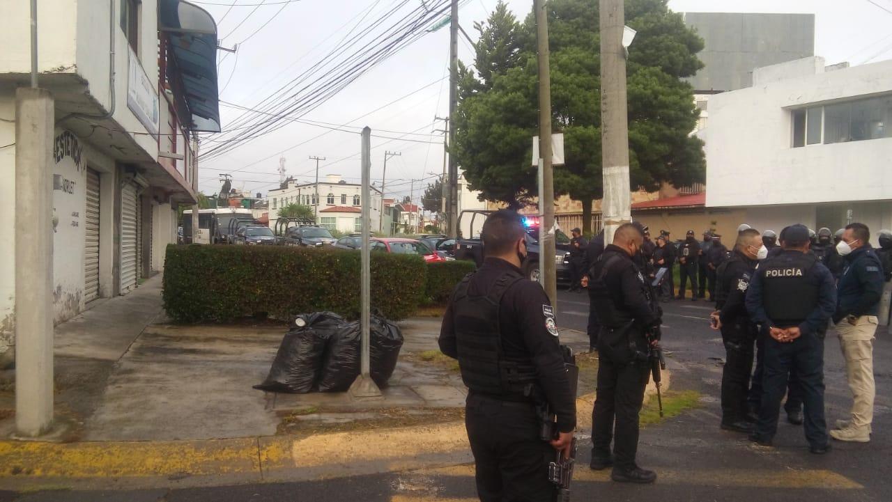 vecinos-se-oponen-a-demolicion-de-parque-y-llegan-granaderos-en-toluca