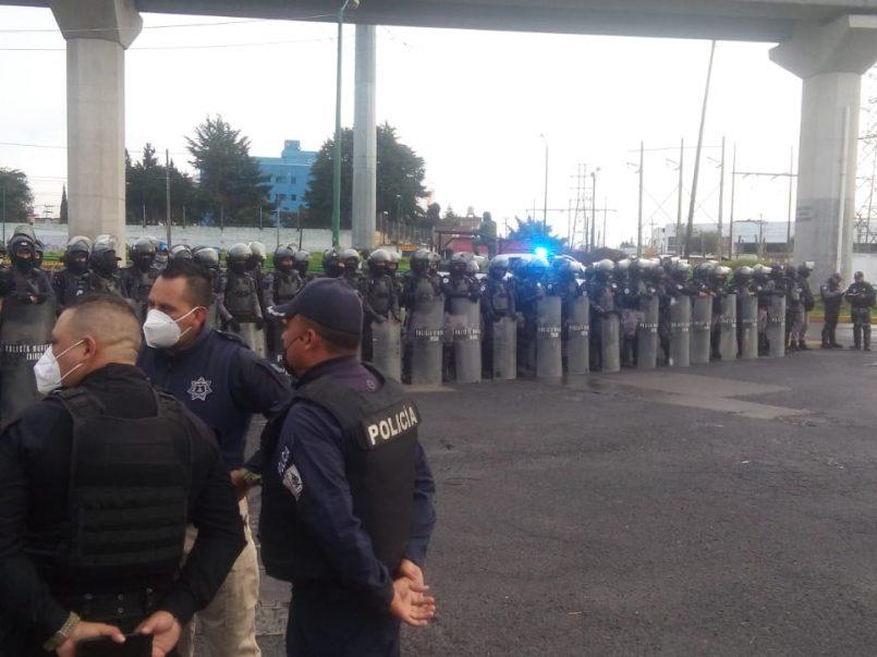 vecinos-se-oponen-a-demolicion-de-parque-y-llegan-granaderos-en-toluca2