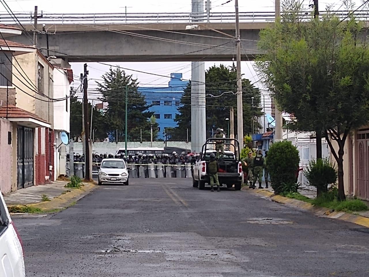 vecinos-se-oponen-a-demolicion-de-parque-y-llegan-granaderos-en-toluca3