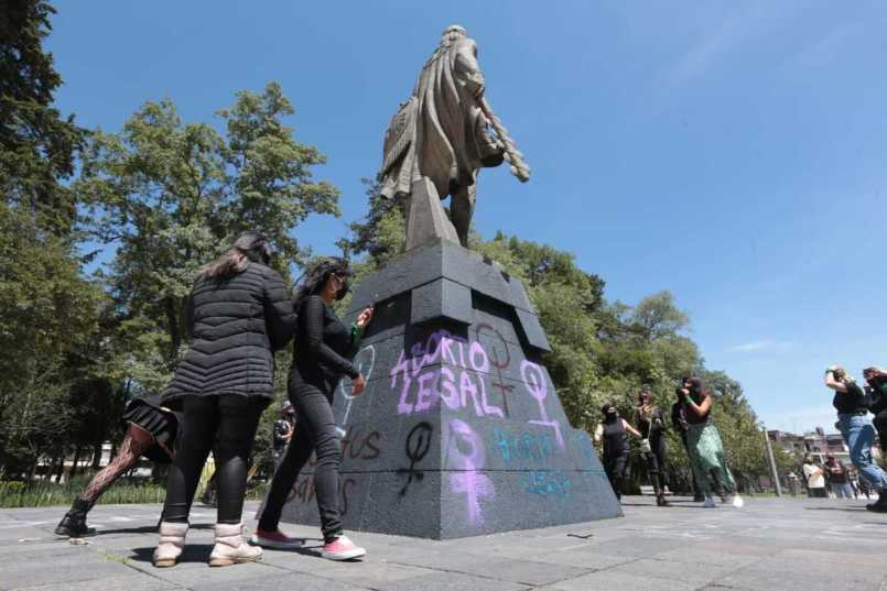 Feministas de Toluca, proclaman a favor del aborto legal