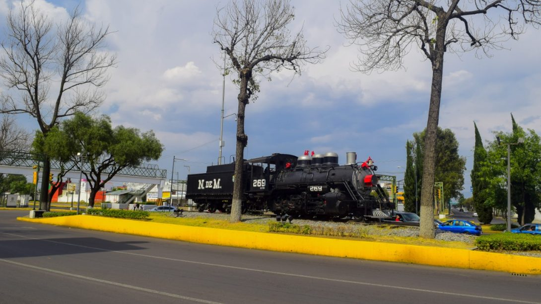Jovenes-asaltan-a-universitaria-en-la-Maquinita-de-Toluca