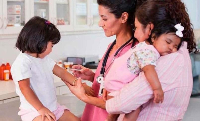 Nueva-reforma-obliga-a-los-padres-para-que-sus-hijos-tengan-todas-las-vacunas