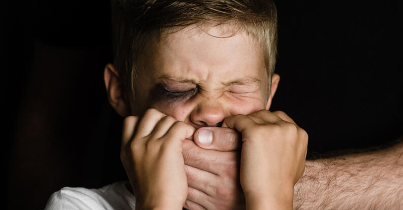 Aprueban prohibición de violencia de niños, niñas y adolescentes