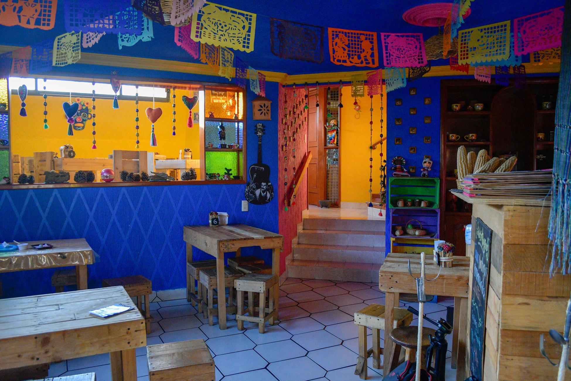 enchiladas-el-rinconcito-un-lugar-diferente-y-hogareno-en-san-buena-aventura1