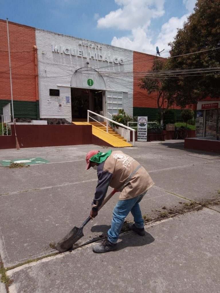 Limpieza y mantenimiento permanente en mercados municipales de Toluca