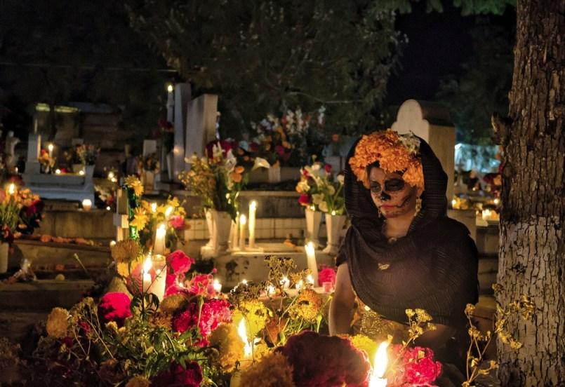 Asi-sera-el-Dia-de-Muertos-en-panteones-del-Valle-de-Toluca