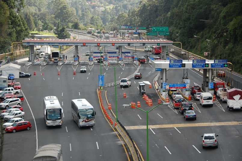 Implementan-nuevo-sistema-de-bloqueo-para-que-los-conductores-no-se-vayan-sin-pagar-en-casetas-del-Edomex