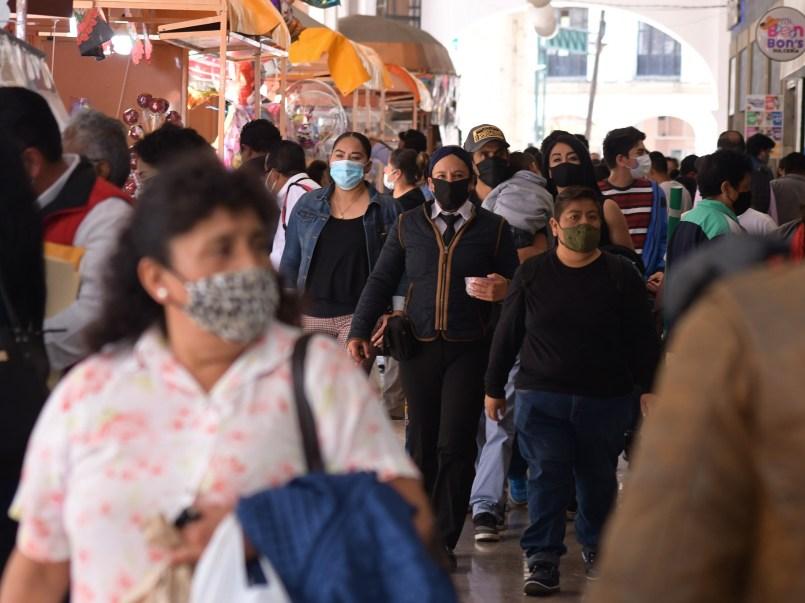 Toluca-registra-gran-afluencia-de-gente-por-Feria-del-Alfenique