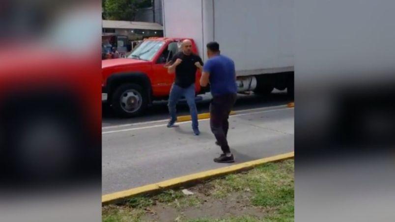 VIDEO || Te dejamos el enfrentamiento viral entre dos hombres