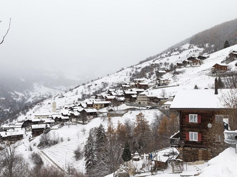 Estaba nota parece comercial falso pero no, en verdad Suiza te paga más de un millón de pesos por vivir en sus aldeas.