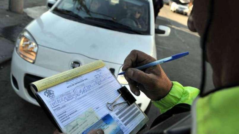 Ya puedes consultar tus infracciones de tránsito por internet, y aquí te decimos cómo hacerlo