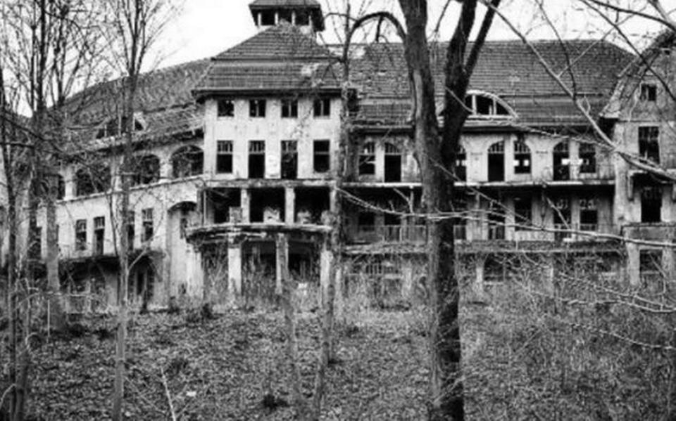 Si te quedas un día en esta mansión embrujada de Cuernavaca, ¡te la regalan!