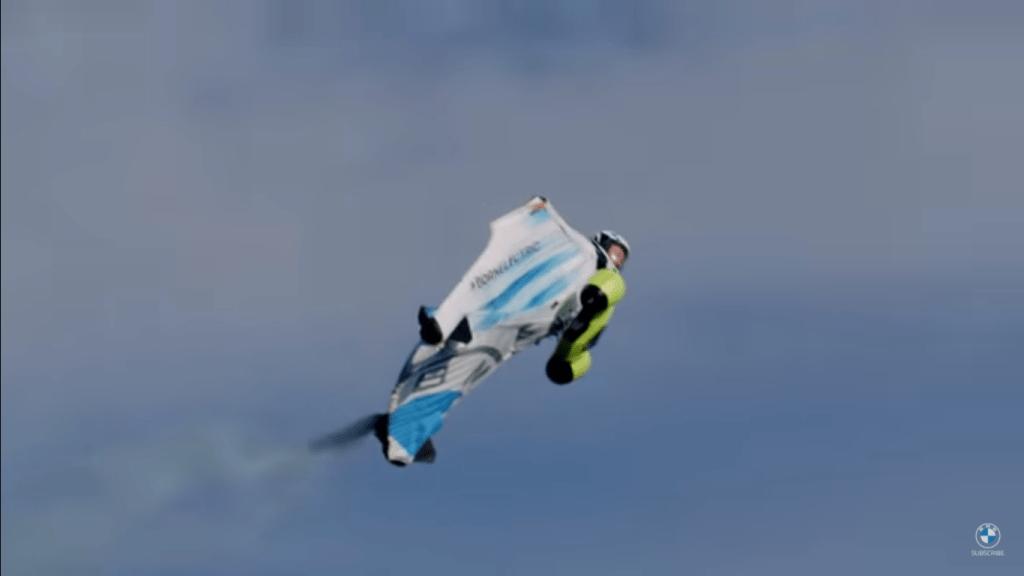 BMW lanza traje eléctrico aéreo que alcanza los 300 km/h