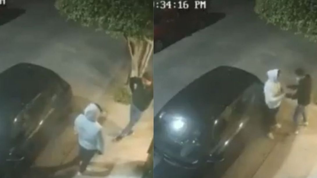 Delincuentes-asaltan-a-jovenes-afuera-de-una-casa-en-Edomex