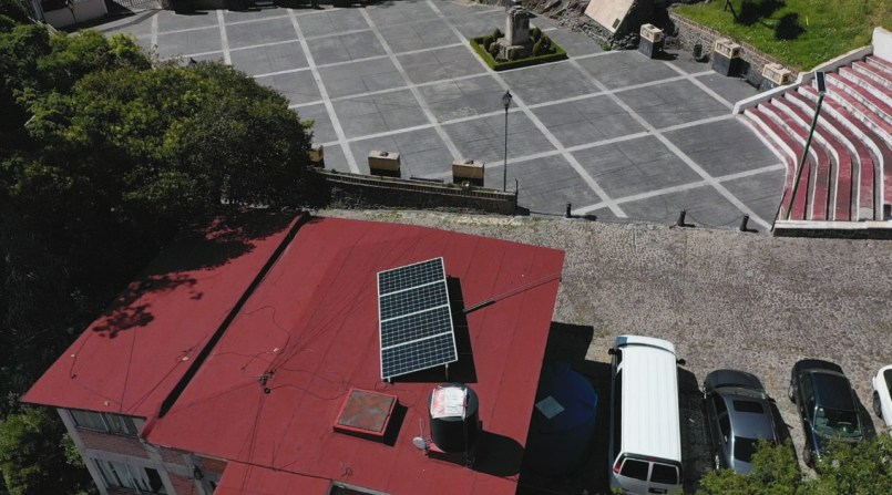 Energía renovable llega a edificios de la administración municipal de Toluca
