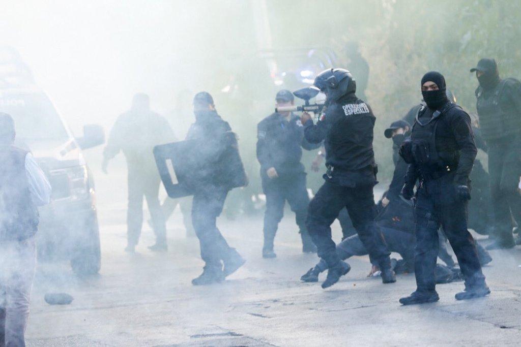 Policías de Cuautitlán agreden a manifestantes feministas