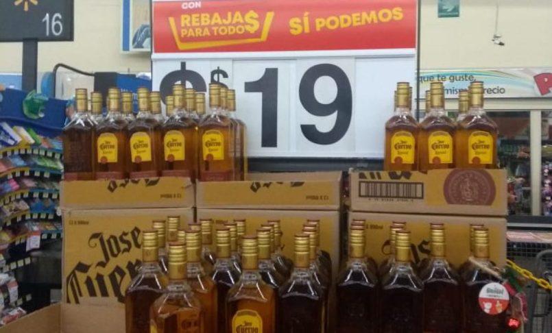 Walmart-ofrece-botellas-de-tequila-por-19-pesos