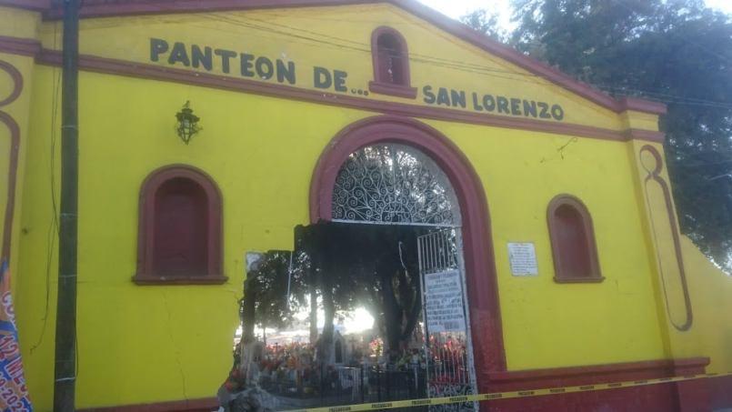 toluca-trailer-se-impacto-en-panteon-de-san-lorenzo-tepaltitlan2