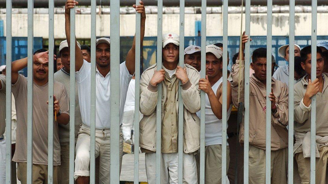 colectivos-buscan-liberacion-de-12-mil-reos-en-el-edomex