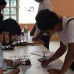 Los estudiantes que cursan su licenciatura en las Escuelas Normales públicas del país y estén por culminar su formación académica y profesional.