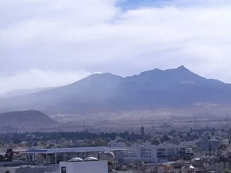 Por fuertes vientos, se activa incendio en Nevado de Toluca