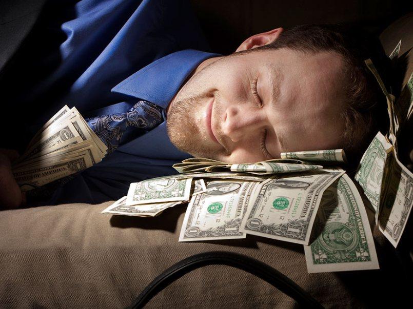 trabajo-ofrece-sueldo-de-40-mil-pesos-por-dormir-en-un-hotel